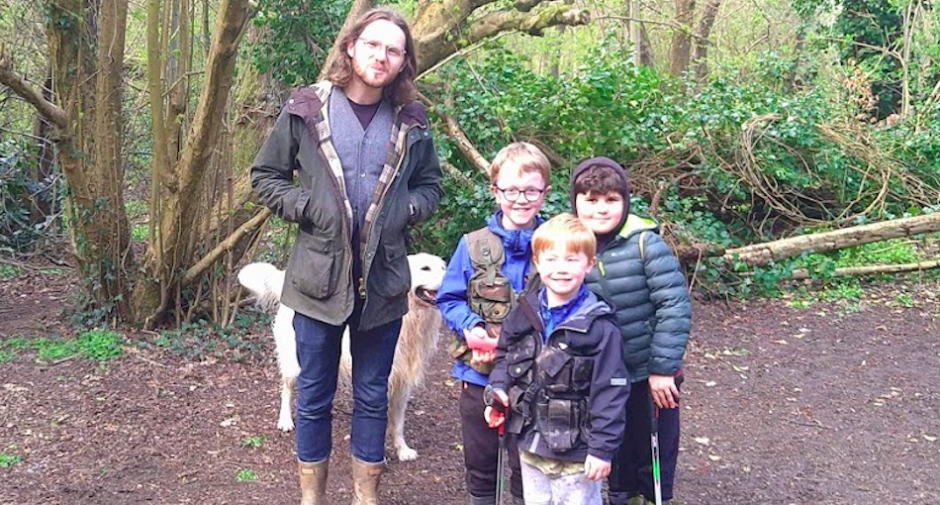 Litter-picking brothers keeping Edgeley clean attract star attention